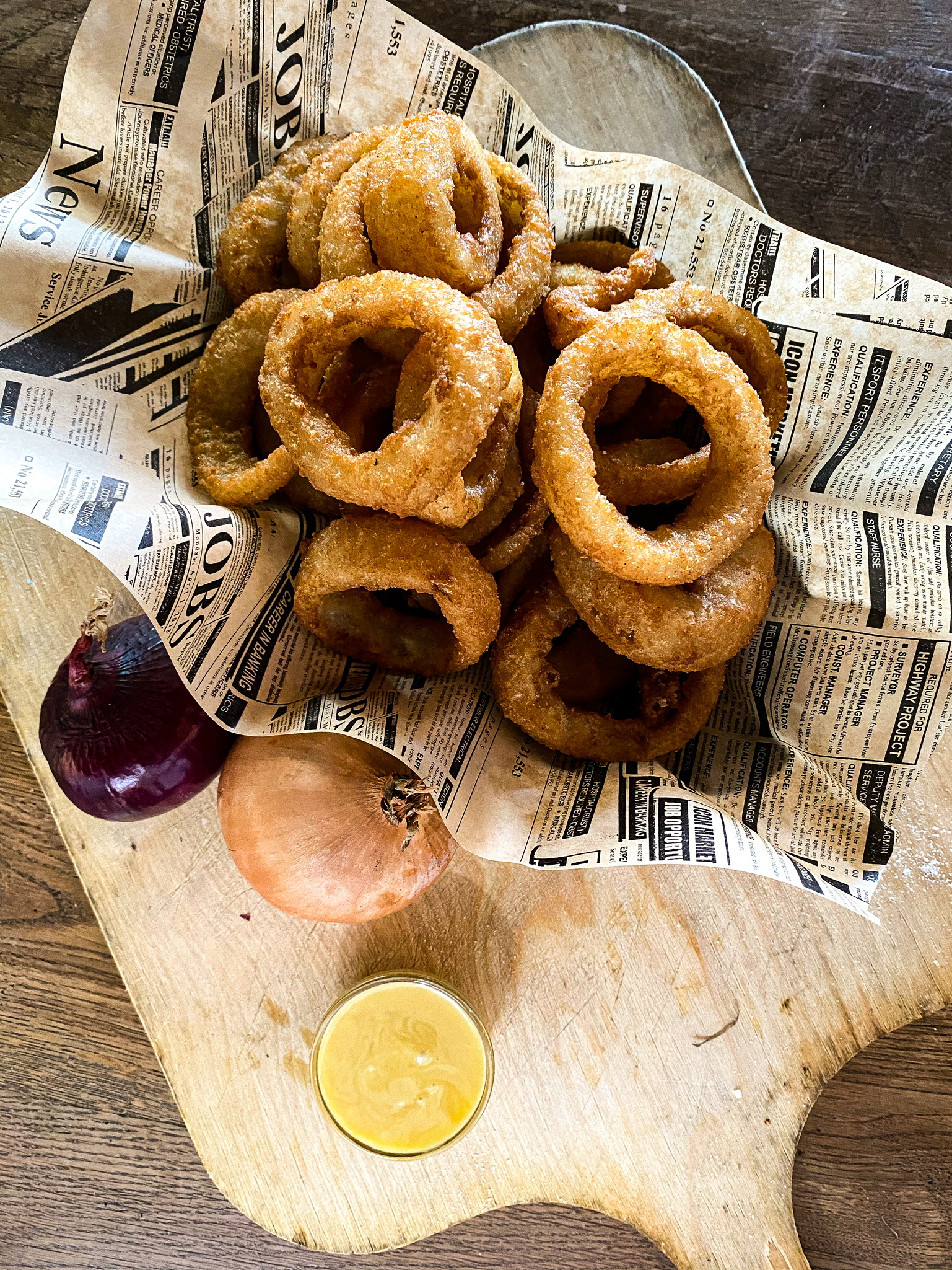 Große Portion Onion Rings